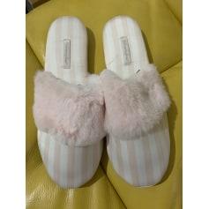 Hausschuhe, Pantoffeln Victoria's Secret