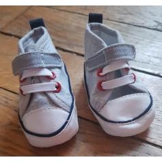 Chaussures à scratch   pas cher