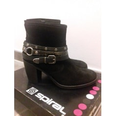 Bottines & low boots à talons Spiral  pas cher