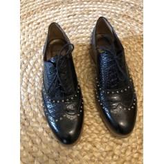 Chaussures à lacets  Kost  pas cher