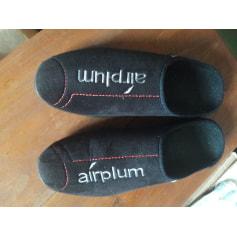 Chaussons & pantoufles airplum  pas cher
