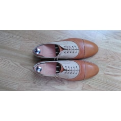 Chaussures à lacets Melinda Gloss  pas cher