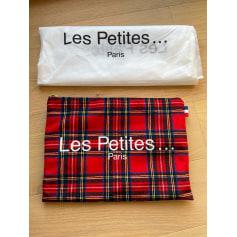 Pochette Les Petites...  pas cher