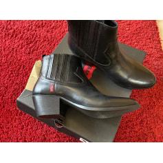 Bottines & low boots à talons Levi's  pas cher