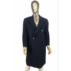 Mantel Valentino