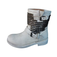 Flat Ankle Boots Ash