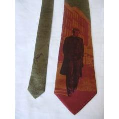 Cravate Claude Montana  pas cher