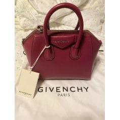 Sac en bandoulière en cuir Givenchy Antigona pas cher