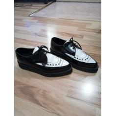 Chaussures à lacets  Underground Shoes  pas cher