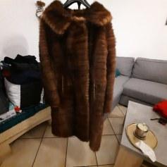 Manteau en fourrure Les Fourrures Du Nord  pas cher