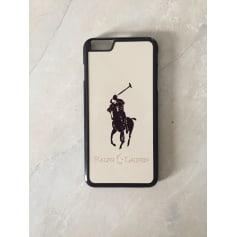 Etui iPhone  Ralph Lauren  pas cher