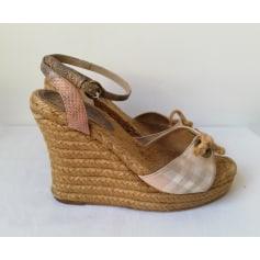 Sandales compensées Burberry  pas cher