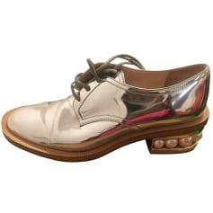 Chaussures à lacets  Nicholas Kirkwood  pas cher