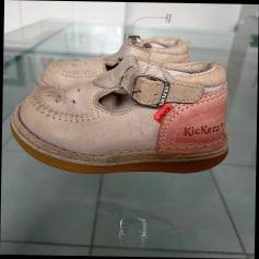 Chaussures à boucle Kickers  pas cher