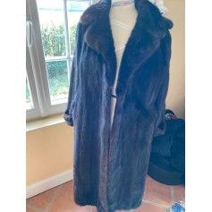 Manteau en fourrure Boutique Independante  pas cher