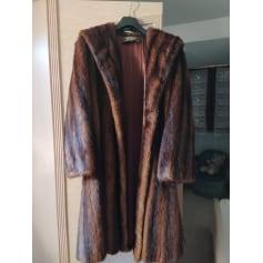 Manteau en fourrure Aux Chasse De Siberie  pas cher