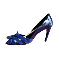 Peep-Toe Pumps Roger Vivier