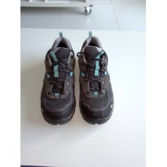 Chaussures de sport Quechua  pas cher