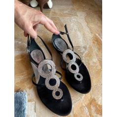 Sandales plates  Azzaro  pas cher