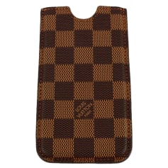 Etui iPhone Louis Vuitton  pas cher