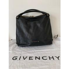 Sac à main en cuir Givenchy  pas cher