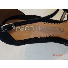 Escarpins à bouts ouverts Paco Herrero  pas cher