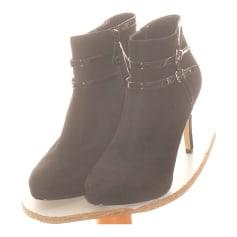 Bottines & low boots plates Bata  pas cher