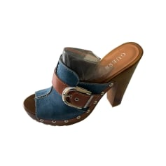 Clogs Guess
