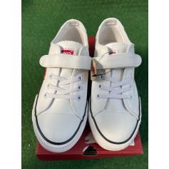 Schuhe mit Klettverschluss Levi's