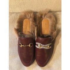 Hausschuhe, Pantoffeln Gucci