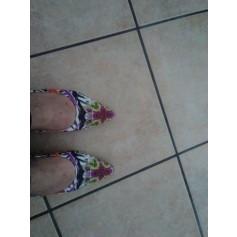 Flat Sandals Parallèle