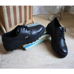 Chaussures à lacets  Palladium  pas cher