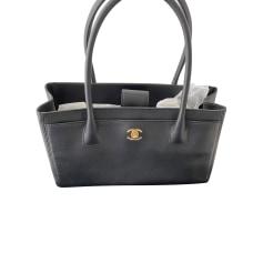 Lederhandtasche Chanel Shopping