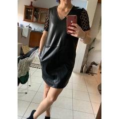 Robe courte Vero Moda  pas cher
