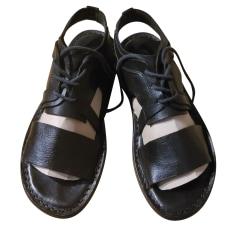 Sandales plates  trippen  pas cher
