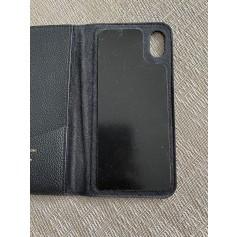 Etui iPhone  Louis Vuitton  pas cher