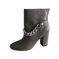 Bottines & low boots à talons Guess  pas cher