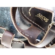 Sandals Arcus