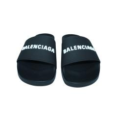 Chaussons & pantoufles Balenciaga  pas cher