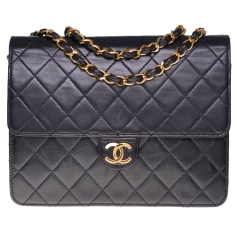 Leather Shoulder Bag Chanel Timeless - Classique