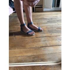 Sandales plates  UGG  pas cher
