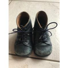 Chaussures à lacets Pom d'Api  pas cher