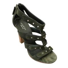 Sandali con tacchi Gucci