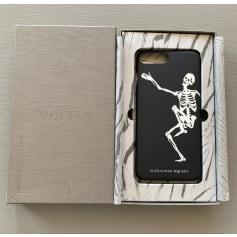 Etui iPhone  Alexander McQueen  pas cher