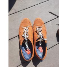Chaussures à lacets Fluchos  pas cher