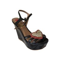 Sandales compensées Love Moschino  pas cher