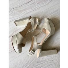 Sandales à talons Unisa  pas cher