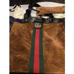 Sac en bandoulière en cuir Gucci  pas cher