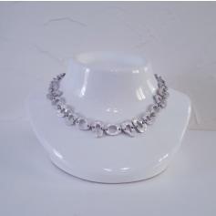 Necklace Biche de Bère