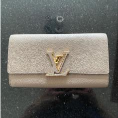 Portefeuille Louis Vuitton Capucines pas cher